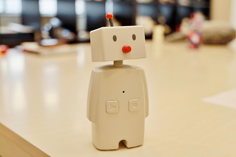 コロナ禍で家族をつなぐコミュニケーションロボット「BOCCO(ボッコ)」ユカイ工学インタビュー