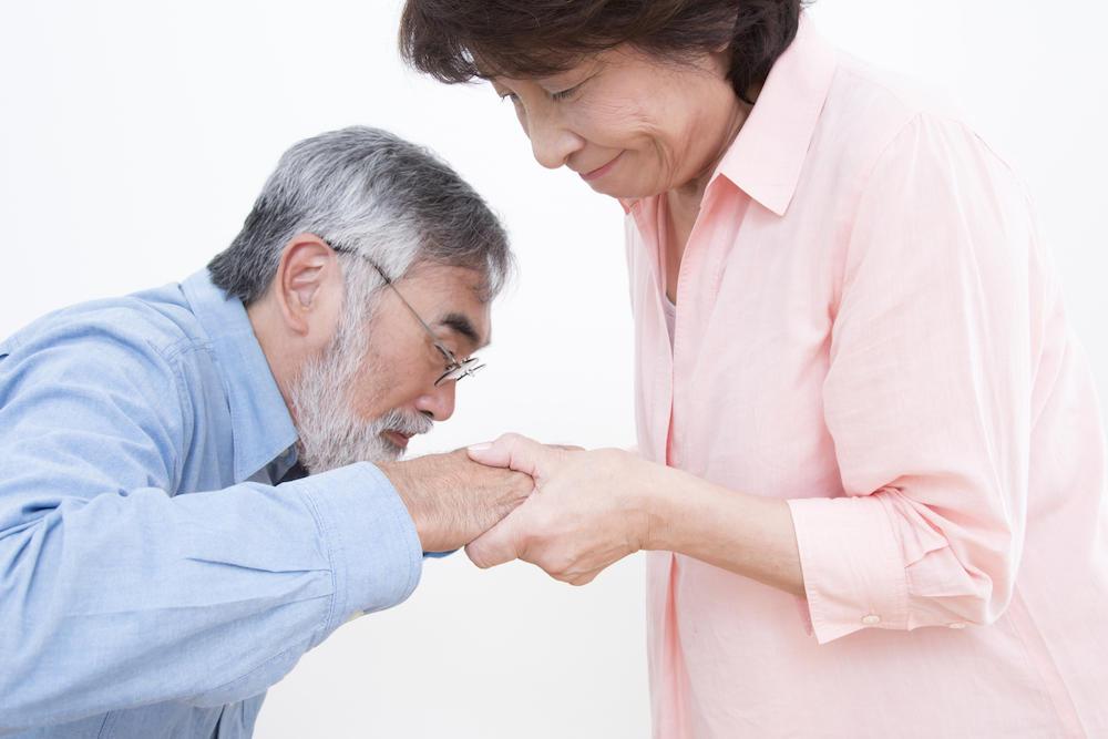 老老介護とは? その現状とサポート内容、アドバイスについて ...