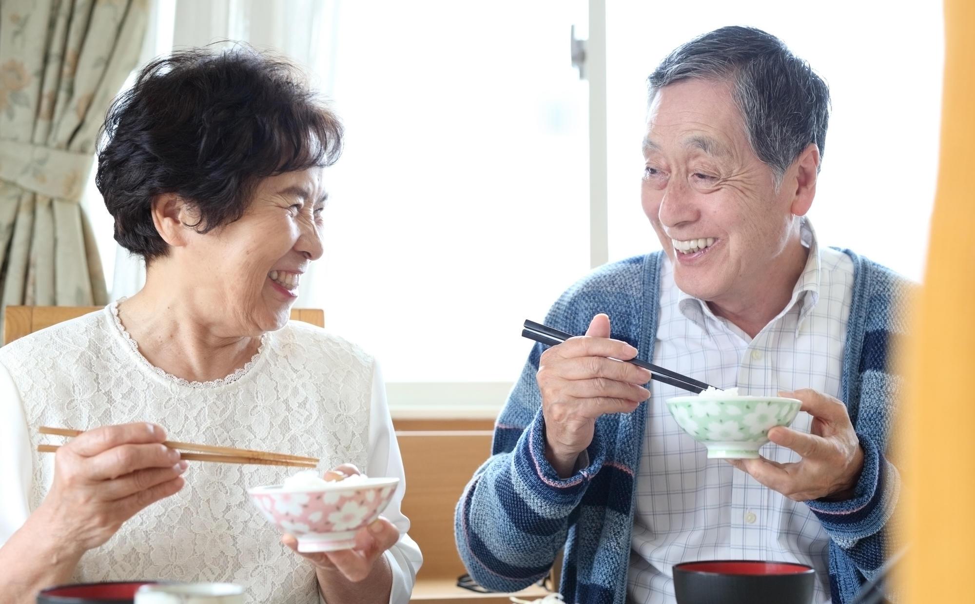 認知症予防に向けた食材選びと食習慣の見直しについて