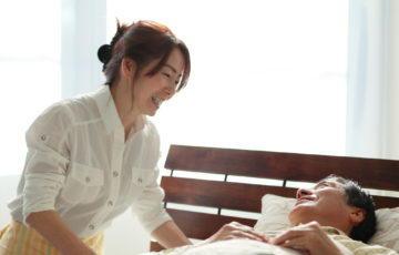 購入とレンタル、どっちがお得?介護用ベッドを選ぶときの5つのポイント 介護のコラム