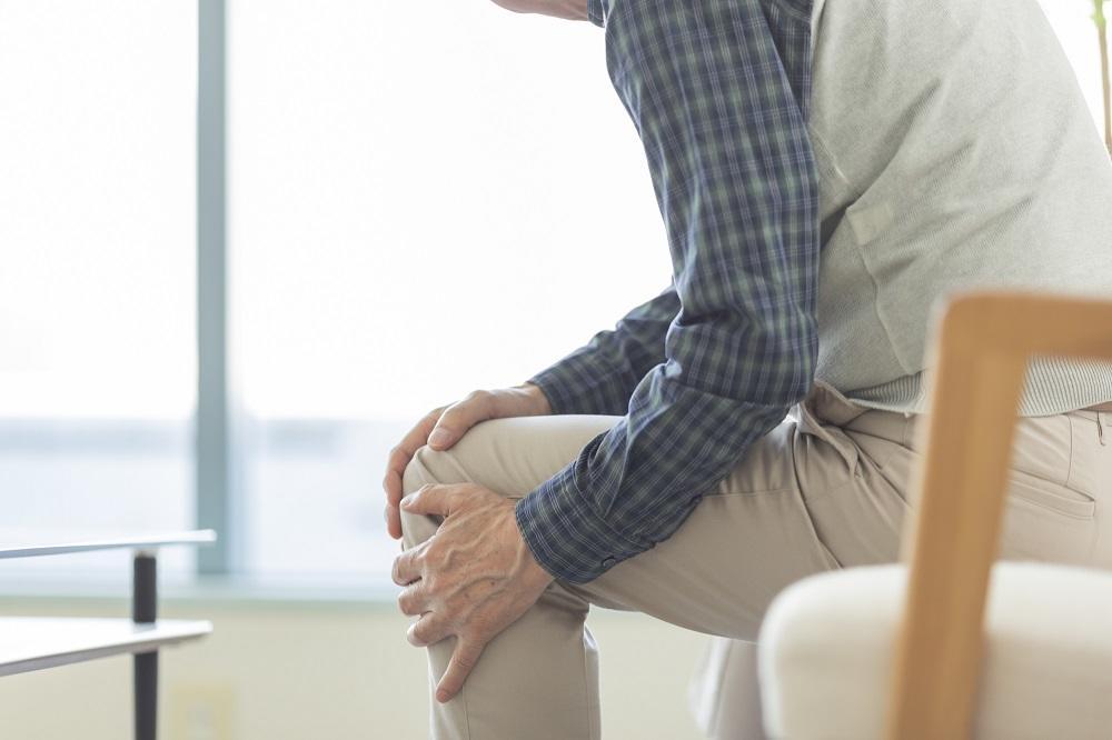 ロコモティブシンドロームとは? 「人生100年時代」には丈夫な体が必要|介護のコラム