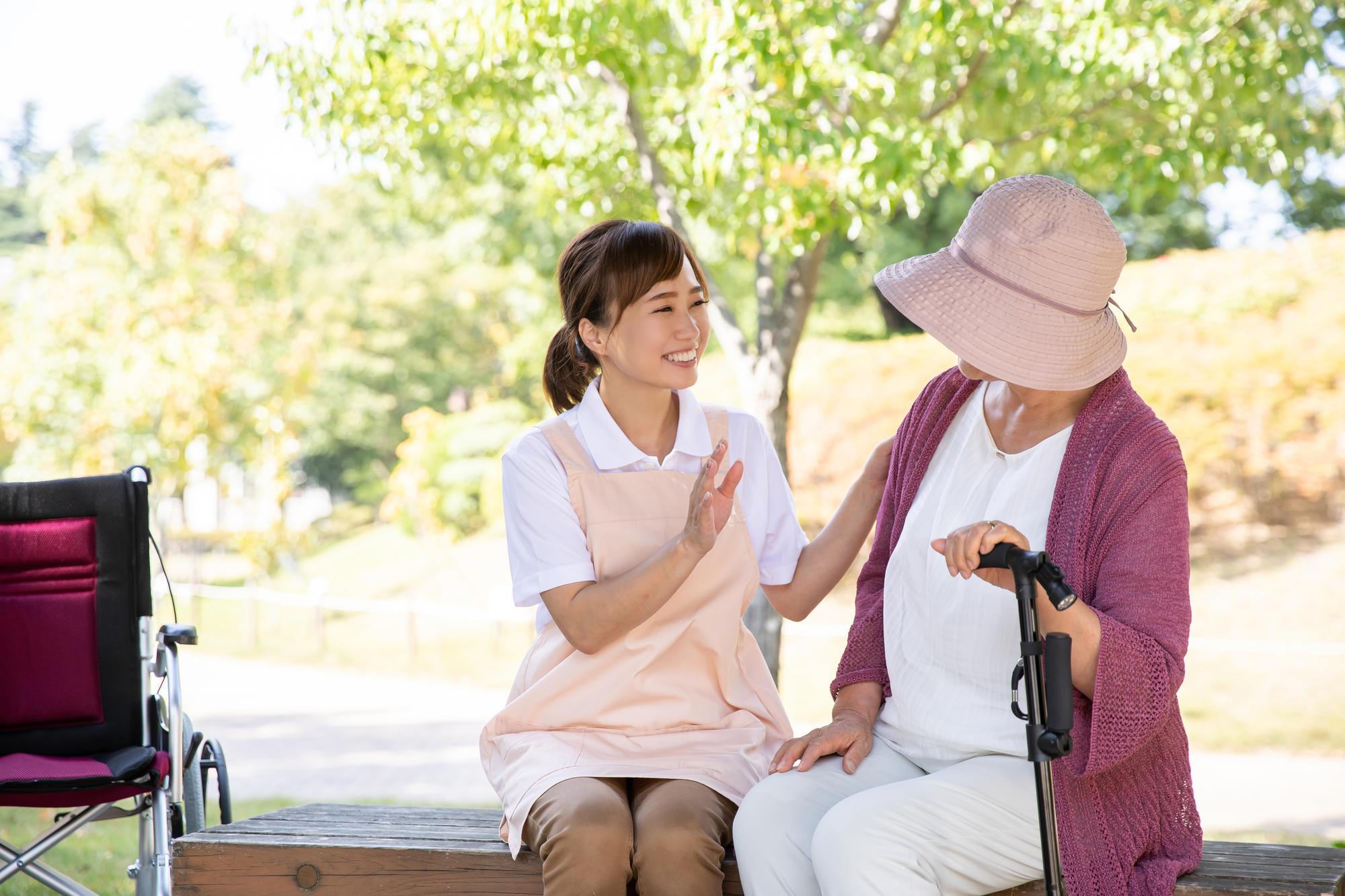 「パーソンセンタードケア」を実践するための5つの要素|認知症のコラム