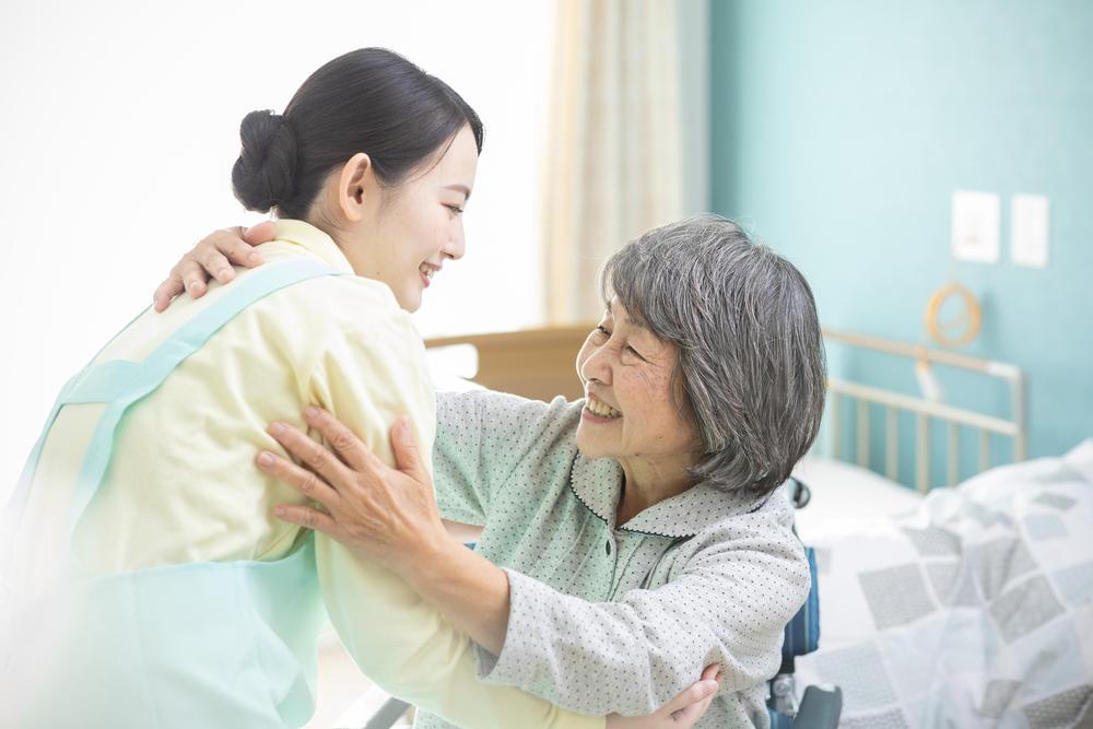 「特定施設入居者生活介護」とは? 条件やサービス内容などを解説|介護のコラム