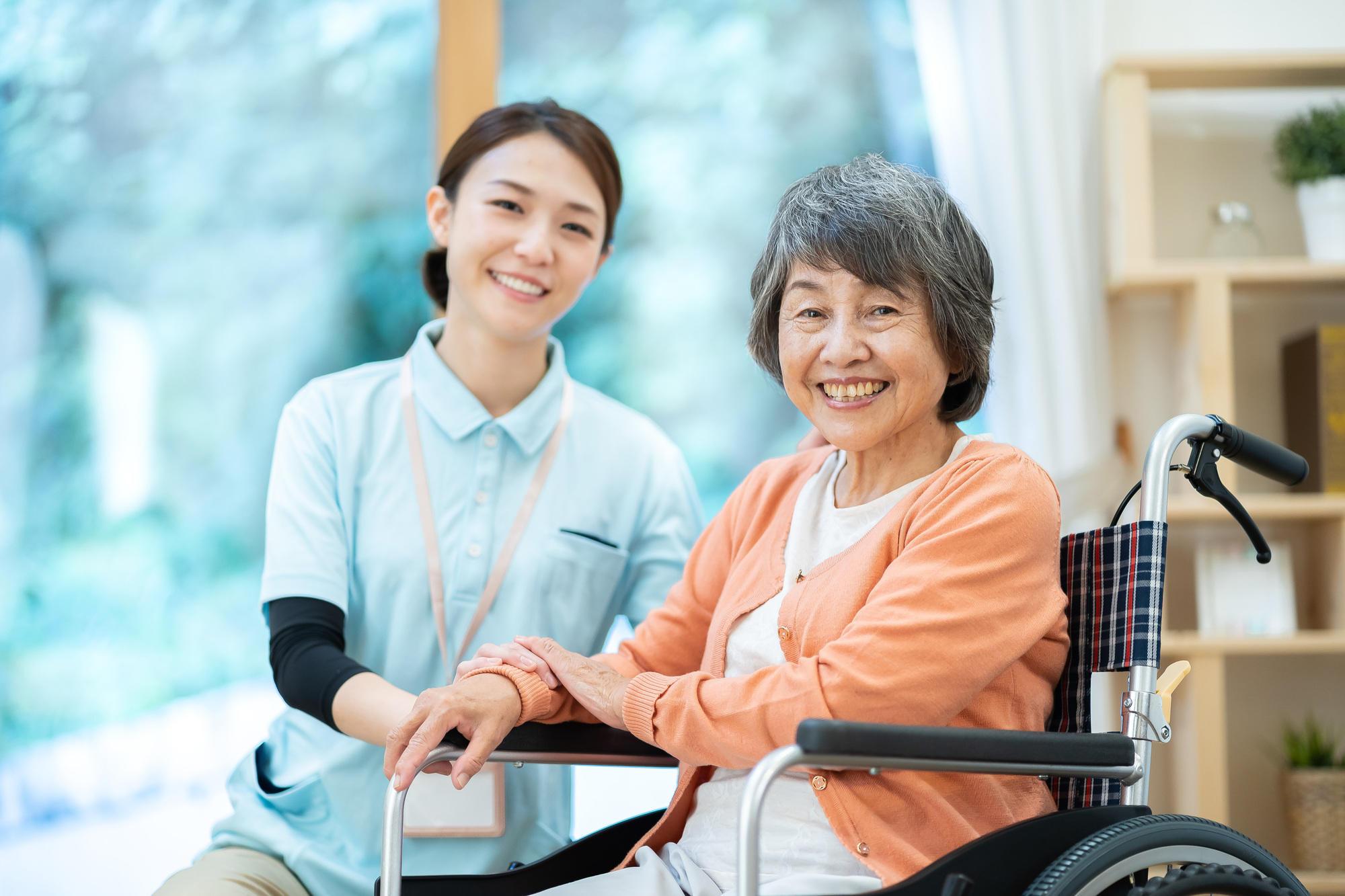 優雅な老後を約束する高級老人ホームへの入居について|老人ホームのコラム