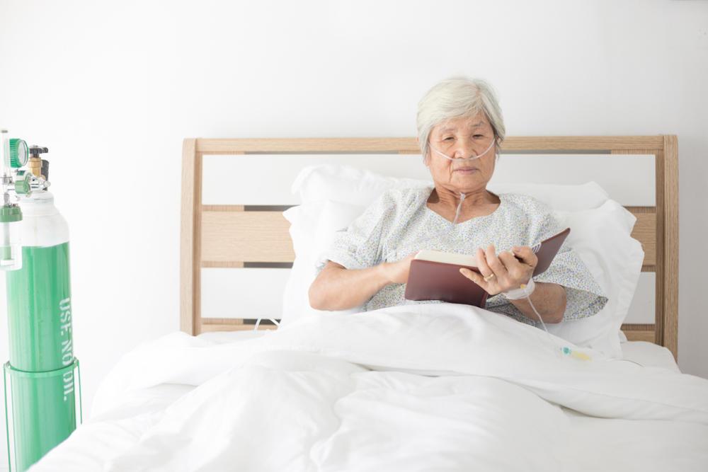 在宅酸素療法(HOT)の機材や医療費について|介護のコラム
